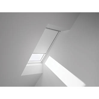 Velux Roof Window Black Out Blind White Blinds Screwfix Com