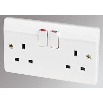 MK Logic Plus 2-Gang 13A DP Switched Plug Socket White