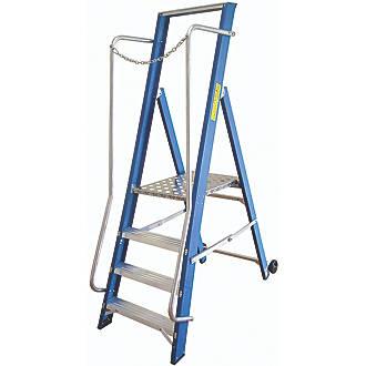 Lyte Fibreglass 4 Treads Platform Stepladder 0 83m Fibreglass Step Ladders Screwfix Com
