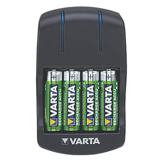 Varta Ready2use Aa Plug Charger With 4 X Aa Batteries Battery Chargers Screwfix Com