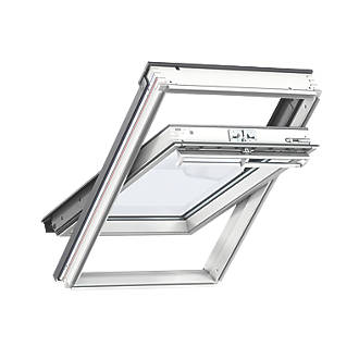 Sensational Velux Ck02 Manual Centre Pivot White Roof Window Clear 550 X 780Mm Wiring 101 Akebretraxxcnl
