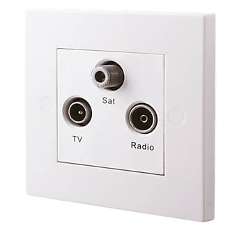 British General 900 Series 1 Gang Triplex Multimedia Socket White Multi Outlet Sockets Screwfix Com