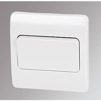 Rocker Light Switch >> Mk Logic Plus 10ax 1 Gang 2 Way Light Switch White