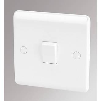 Lap 10ax 1 Gang 1 Way Light Switch White Switches Sockets Screwfix Com