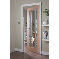 Jeld-Wen Worcester 3-Clear Light Unfinished Oak Veneer Wooden 3-Panel Internal Door 1981 x 610mm