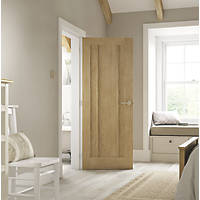 Jeld-Wen Worcester Unfinished Oak Veneer Wooden 3-Panel Internal Door 1981 x 762mm