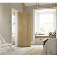 Jeld-Wen Worcester Unfinished Oak Veneer Wooden 3-Panel Internal Fire Door 1981 x 686mm
