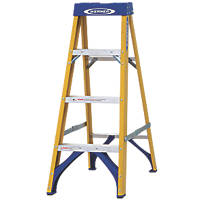 Werner Fibreglass 4-Tread Swingback Stepladder 1.12m