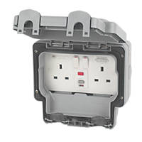 MK Masterseal Plus IP66 13A 2-Gang DP Weatherproof Outdoor Switched Passive RCD Socket