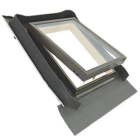 Tyrem Manual Top Hung Lacquered Natural Pine Skylight