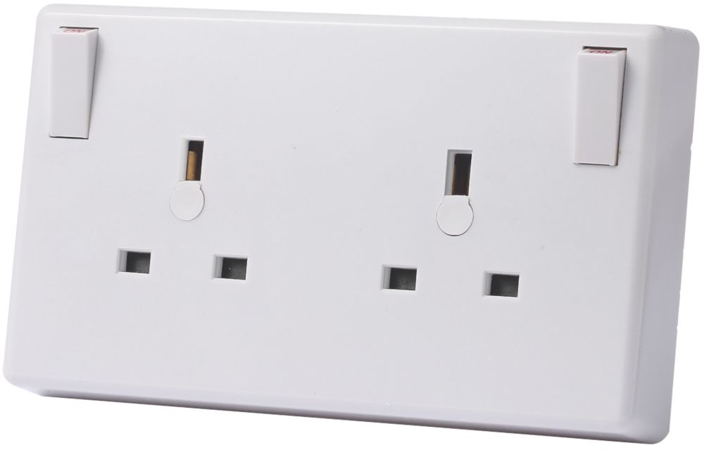 LAP  13A 1G to 2G Switched Converter Socket White