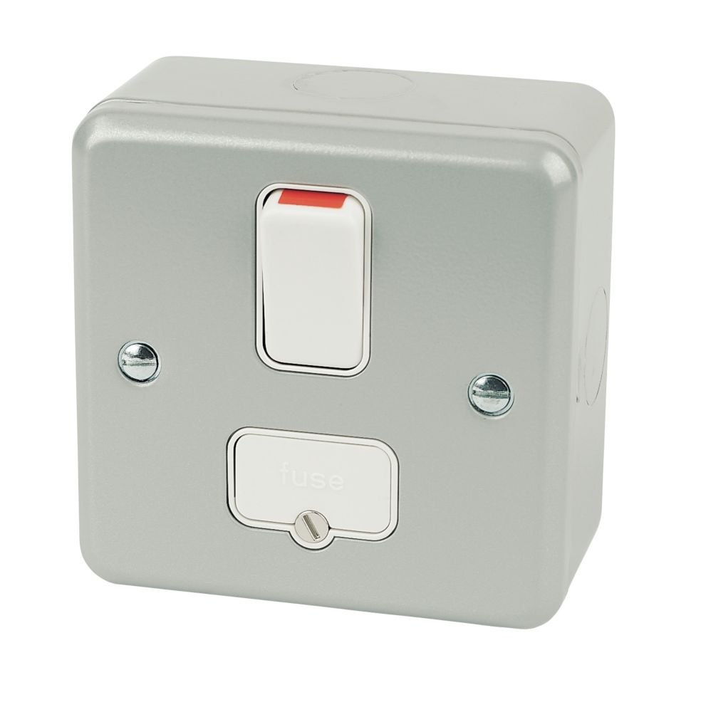 MK Metalclad Plus 13A Switched Metal Clad Fused Spur  with White Inserts