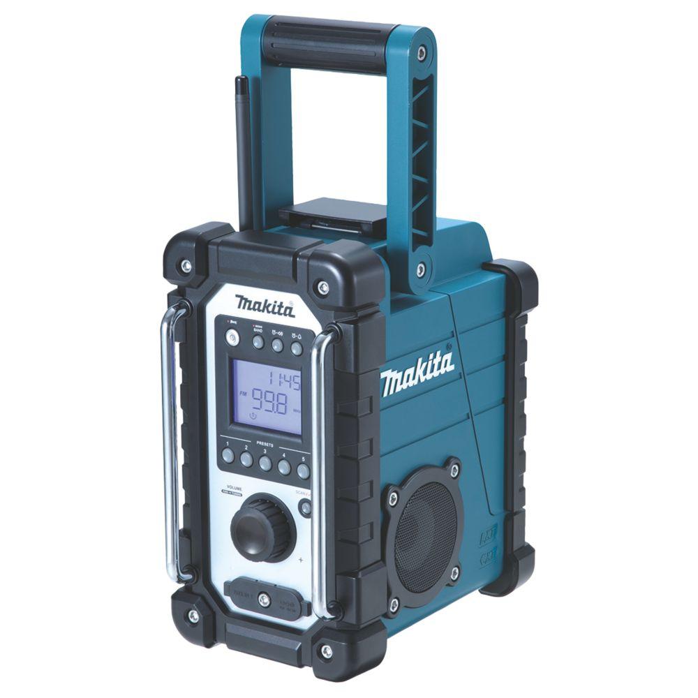 Makita DMR107 AM / FM Electric Site Radio 240V