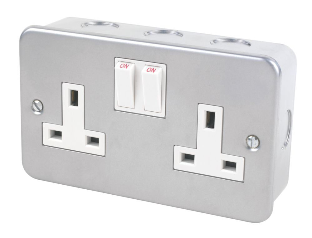 13A 2-Gang SP Switched Metal Clad Socket with White Inserts