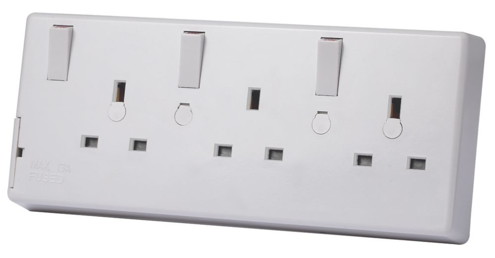 LAP  13A 2G to 3G Switched Converter socket White