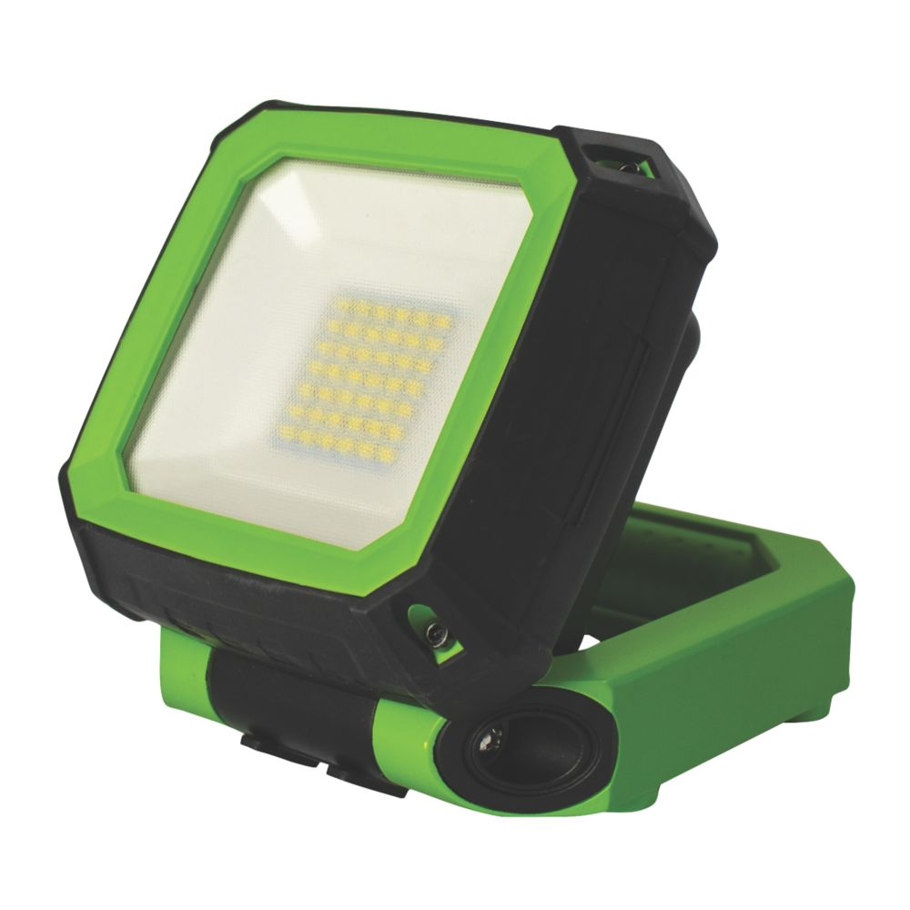 Luceco LED Rechargeable Magnetic Work Light 7.5W 3.7V